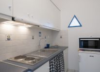 27-Captains-Home-ART-villa-guest-house-kitchenette