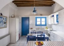 39-Captains-Home-ART-villa-kitchen